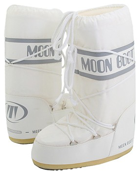 white snow boots Tecnica Moon Boots