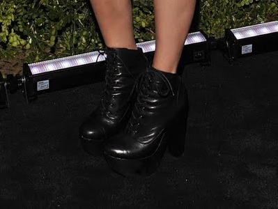 Chloe Sevigny Mary Ellen Clog Boots Chloe Sevigny Mary Ellen Clog Booties