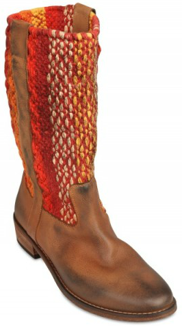 Strategia Osaka Leather and Cotton light brown Boots Get the Moroccan Cowboy look with these beauties